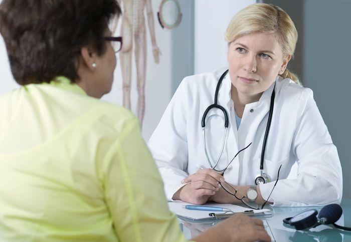 Как справиться с климаксом и чем его лечить